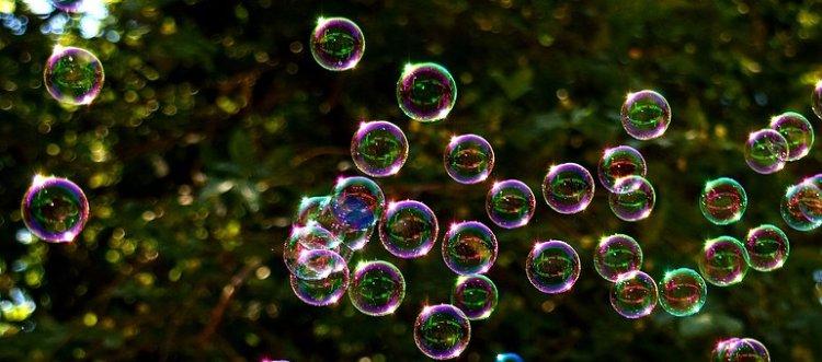 soap-bubbles-2417436__340