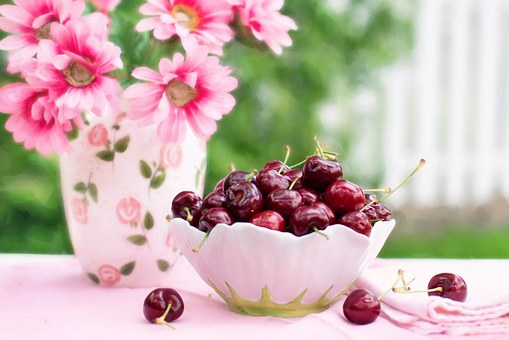 cherries-in-a-bowl-773021__340