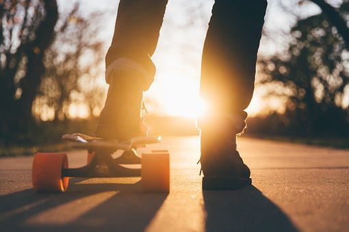 skateboard-1869727__340