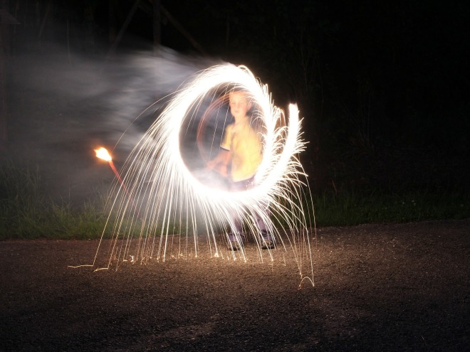fireworks-409072_1920